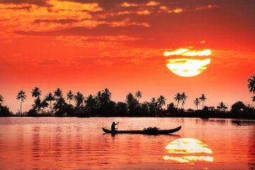 kerala boat tours